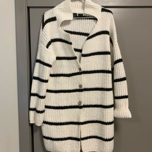 Cute striped cardigan with buttons